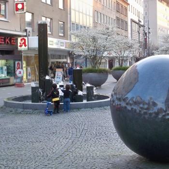 Einkaufsstraße in Mülheim an der Ruhr © Thilo Götze