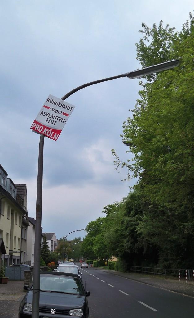 Pro Köln Wahlplakat hoch wie möglich gehängt © Thilo Götze
