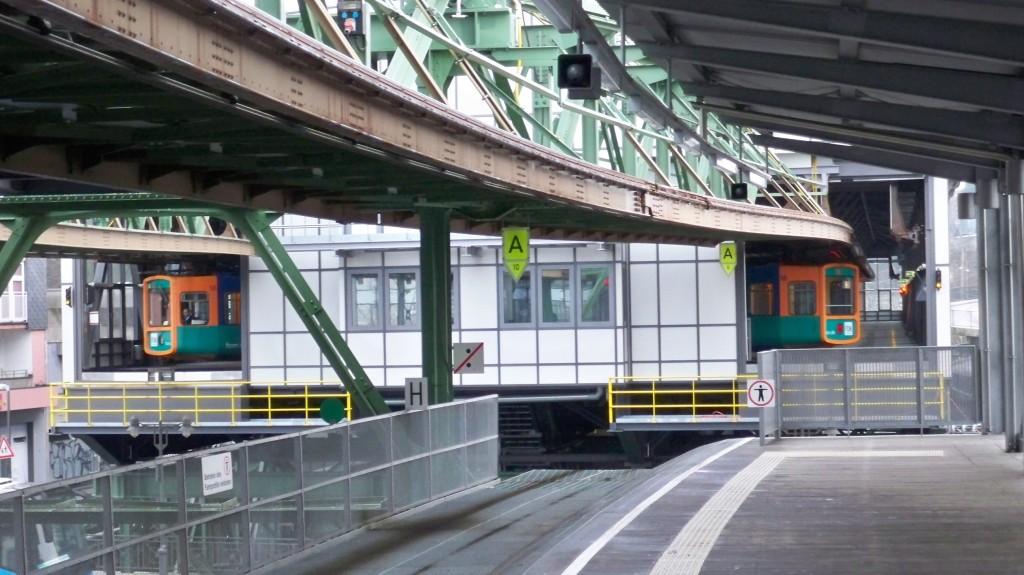Wendeschleife der Wuppertaler Schwebebahn © Landesblog NRW