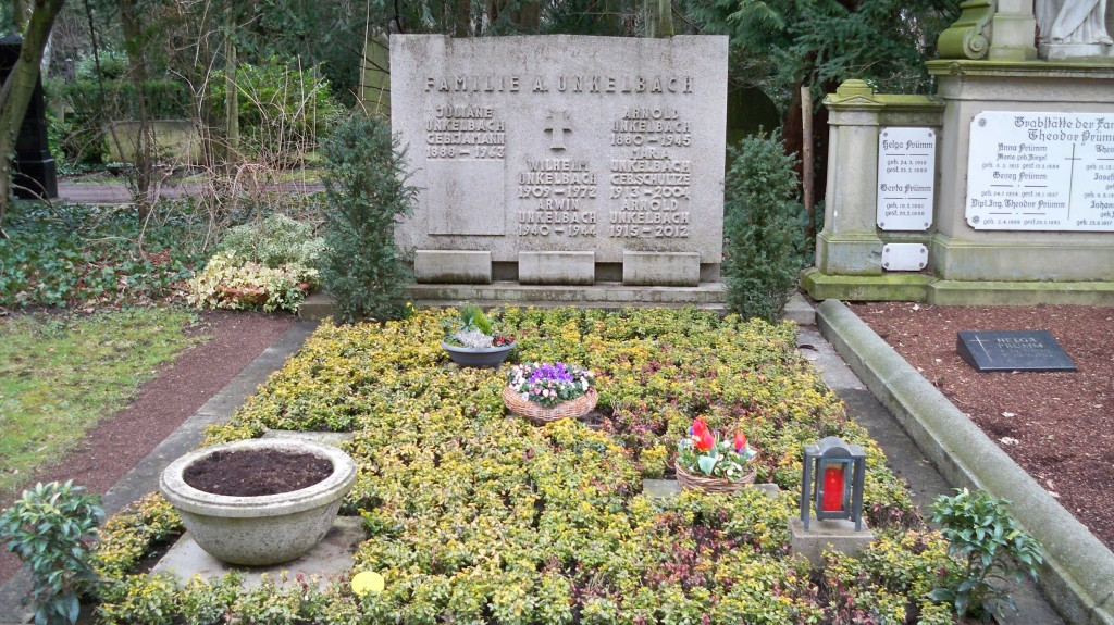 Familiengrab Unkelbach auf Melaten Friedhof