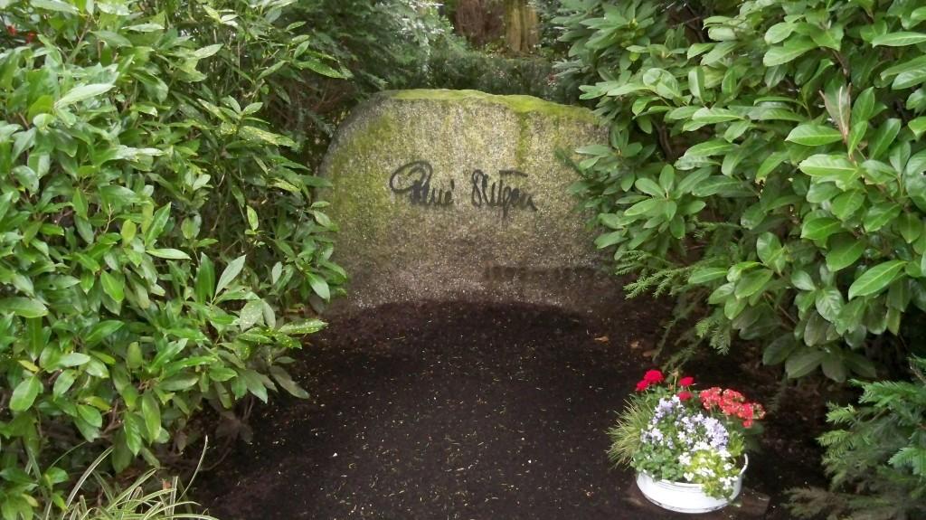 Grab von Renè Deltgen auf Melaten Friedhof