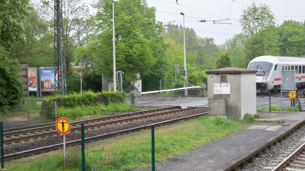 ICE fährt durch Bonn Mehlem Bahnhof © Landesblog NRW