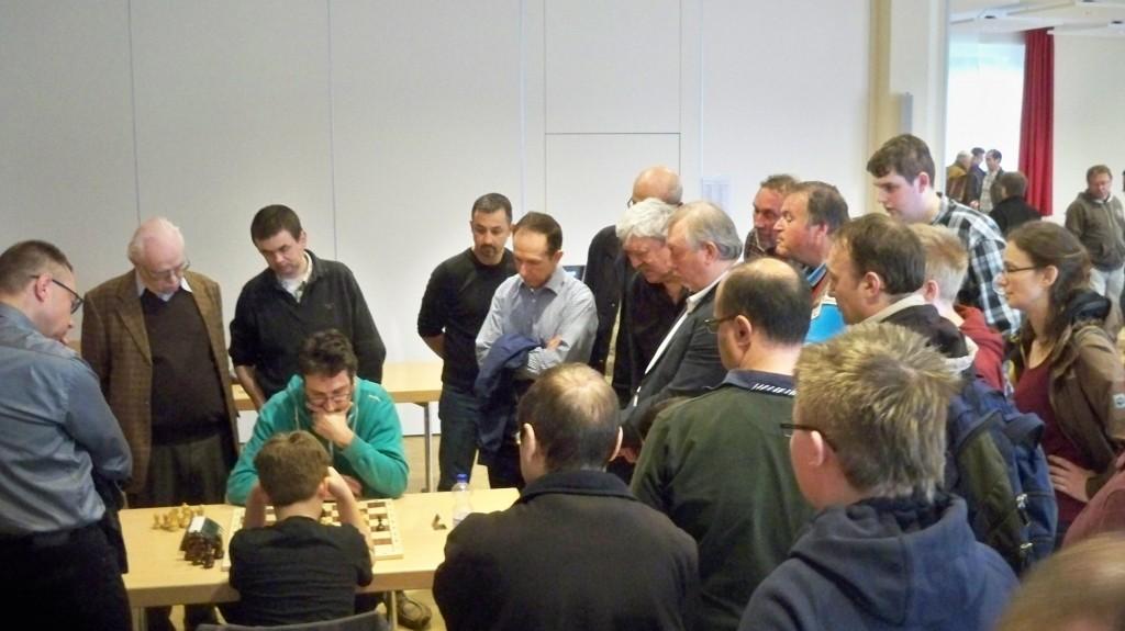 Schachtalent Vincent Keymer beim Godesberger Turnier © Landesblog NRW