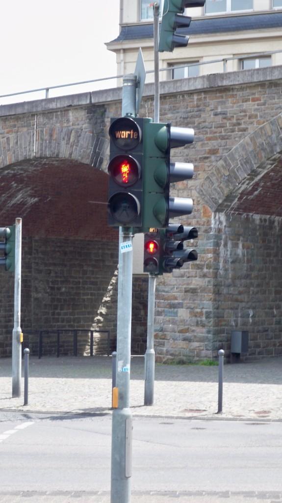 Ampel mit Warteleuchte in Gummersbach © Landesblog NRW