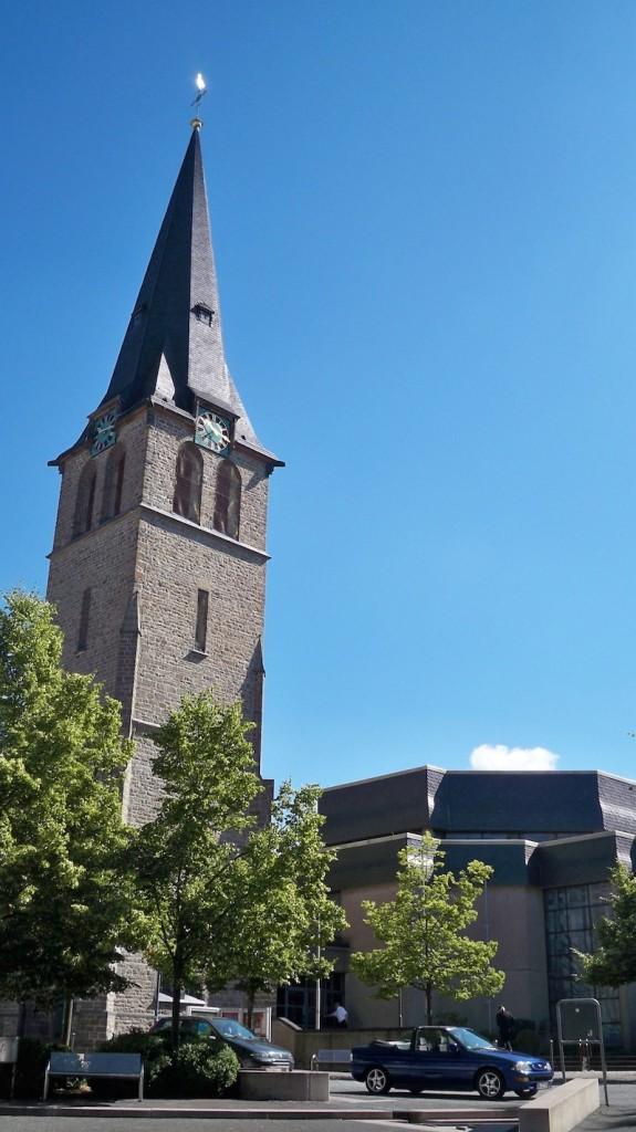 Katholische Pfarrkirche Sankt Franziskus Gummersbach © Landesblog NRW