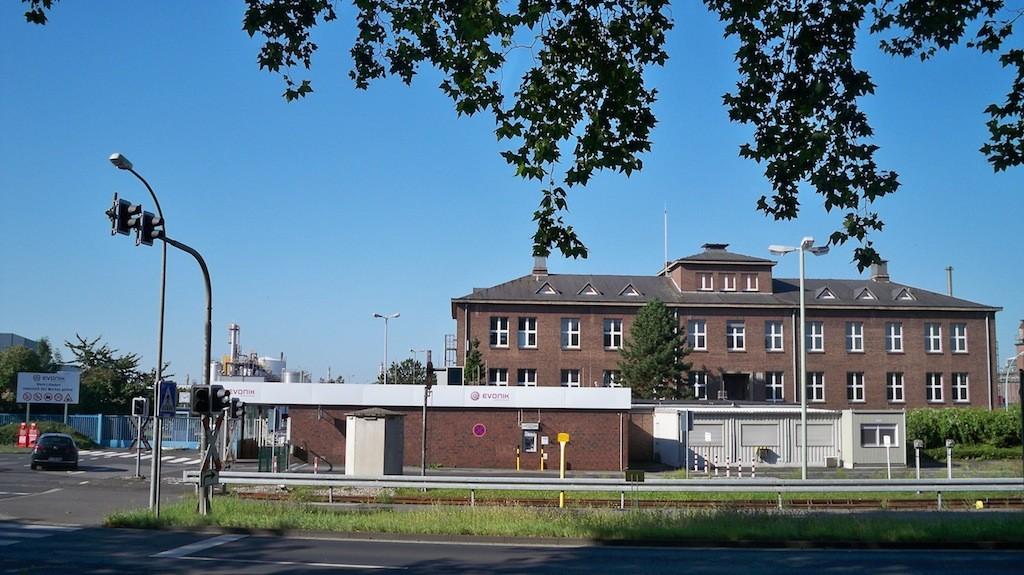 Evonik Werke in Niederkassel Lülsdorf © Landesblog NRW