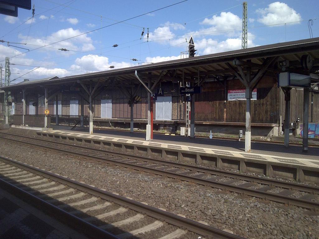Bahnhof Bonn-Beuel am Brueckentag © Landesblog NRW