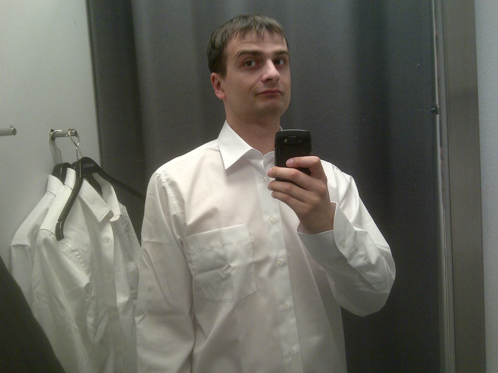 Weisse Hemden von Daniels in Hersel