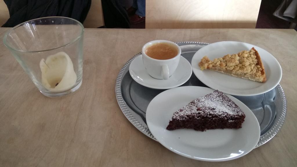 Kuchen im Cafe Meisenkaiser