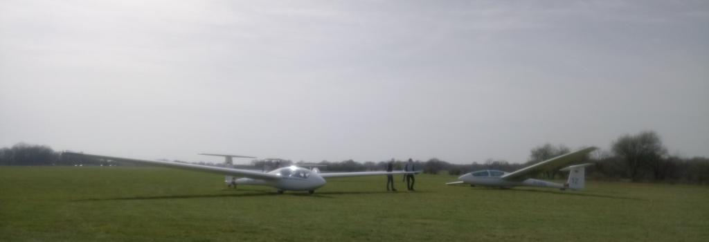 Helfer und Segelflugzeuge