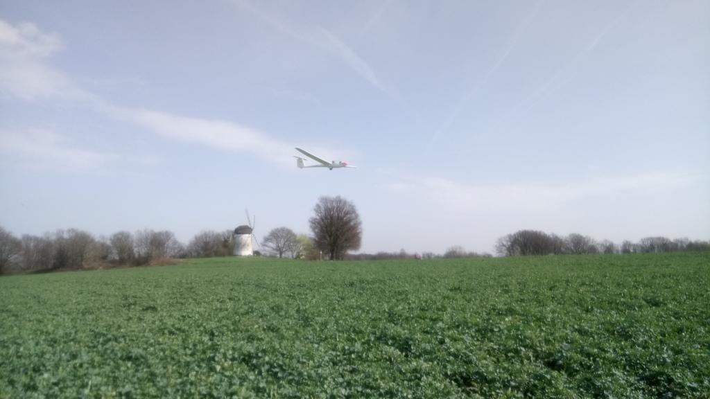 Segelflugzeug im Anflug