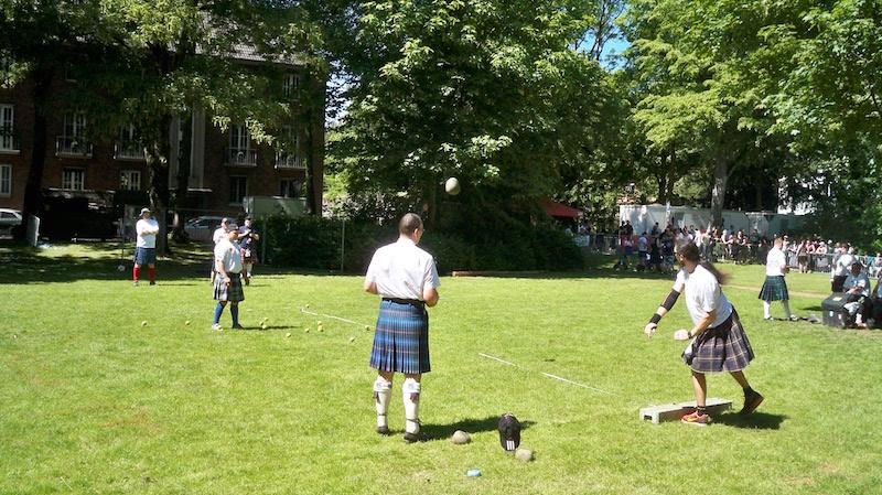 Stone Put II bei den Highland Games in Kempen