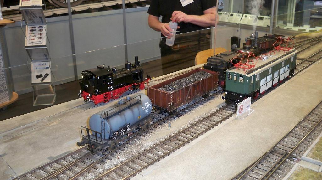 Modellbahn mit echtem Dampf