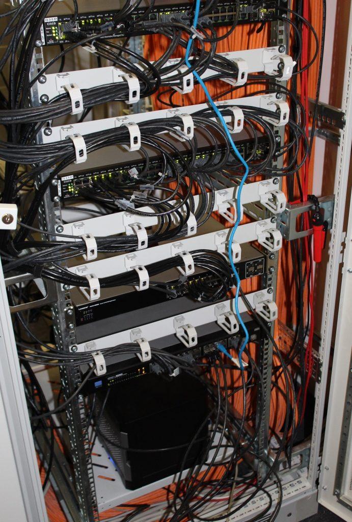 Serverschrank bei Cellfish GmbH im Büro