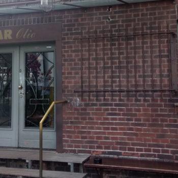 Eingang Bar Olio Düsseldorf